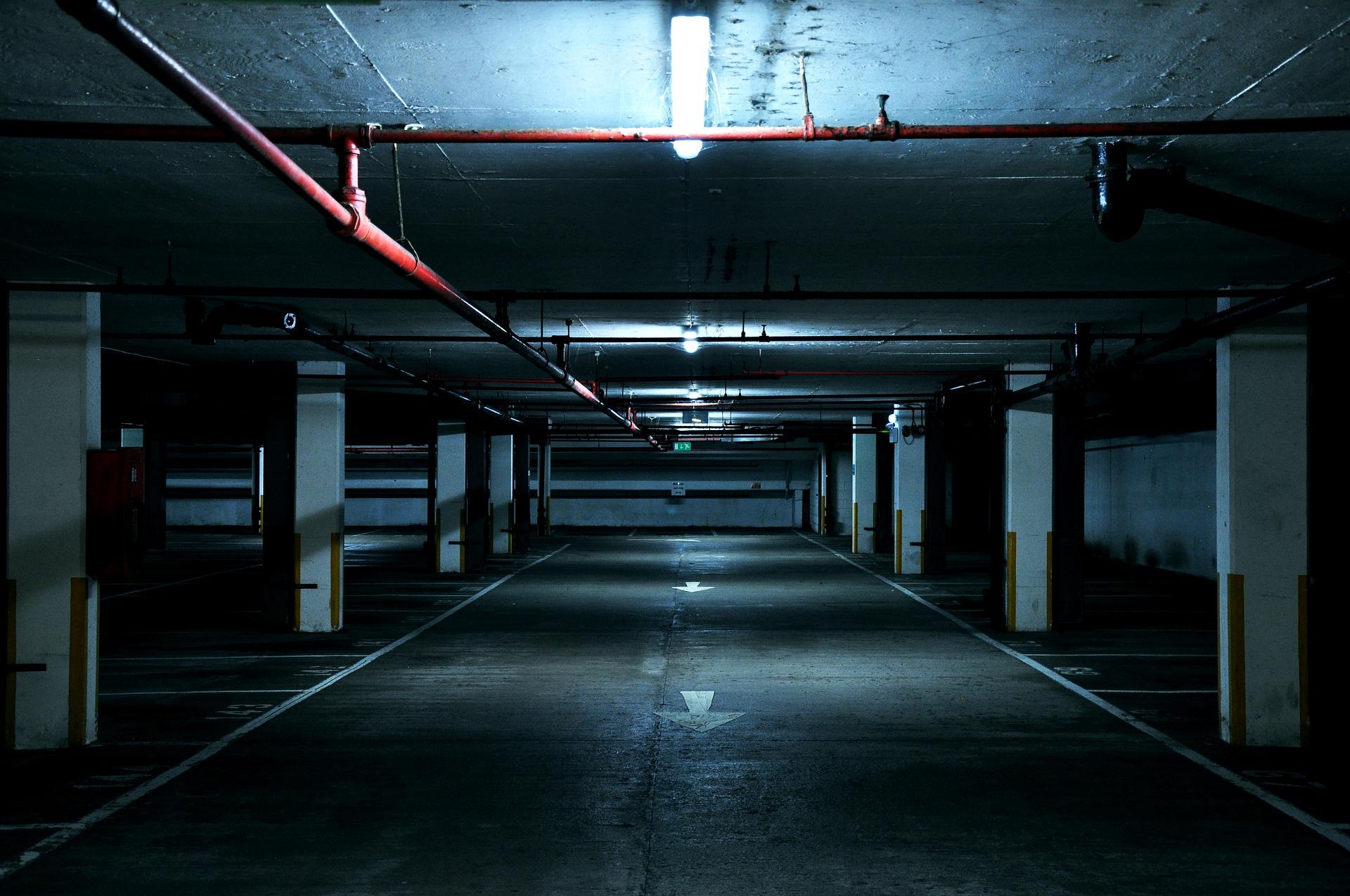 dark-1867089_1920