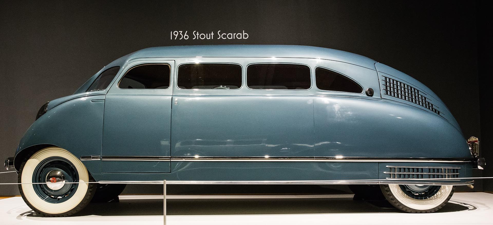 car-1873102_1920