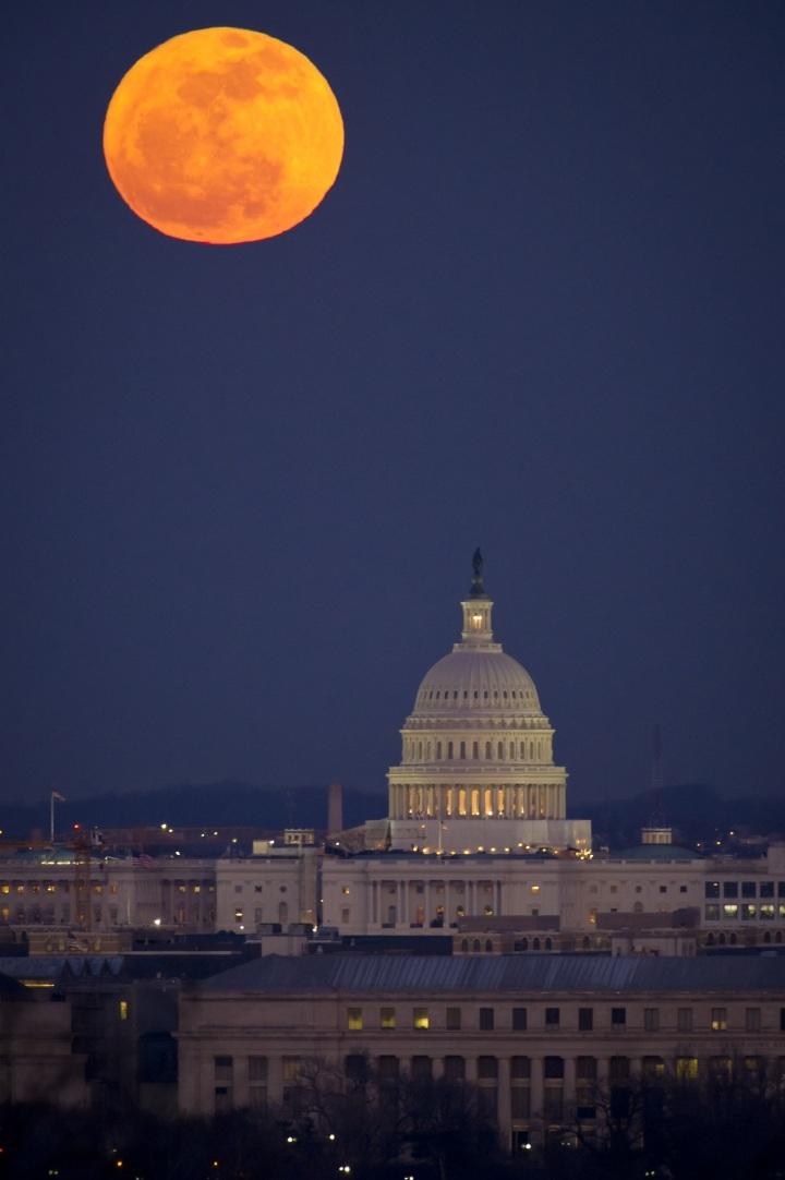 full-moon-2135225