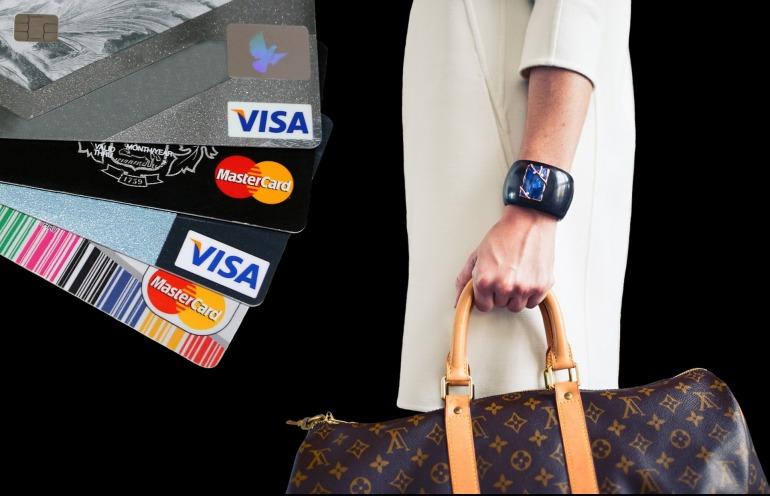 shopping-2735735_1920