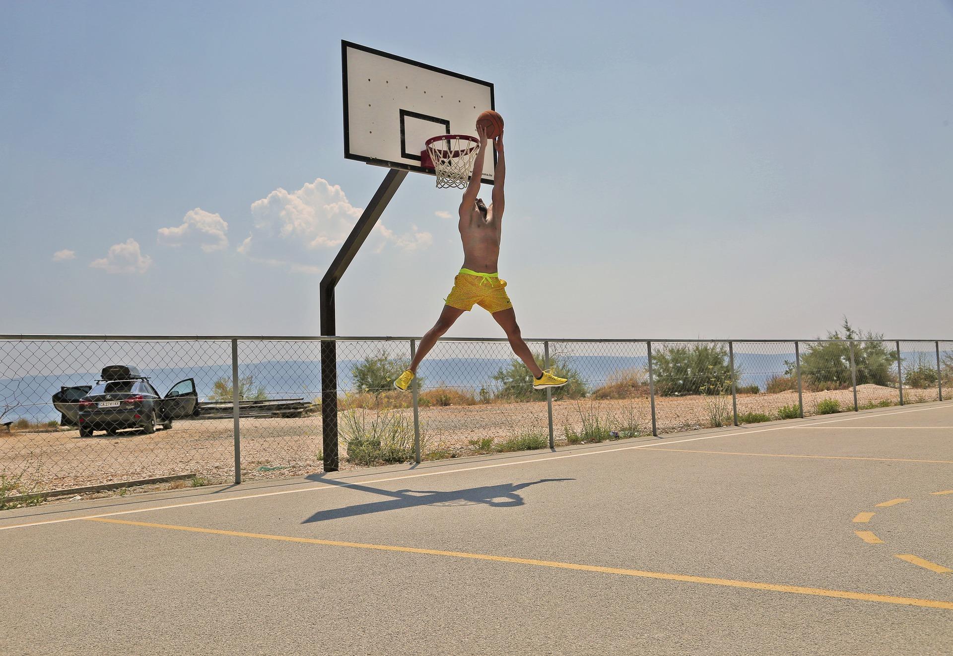 basketball-1470525_1920