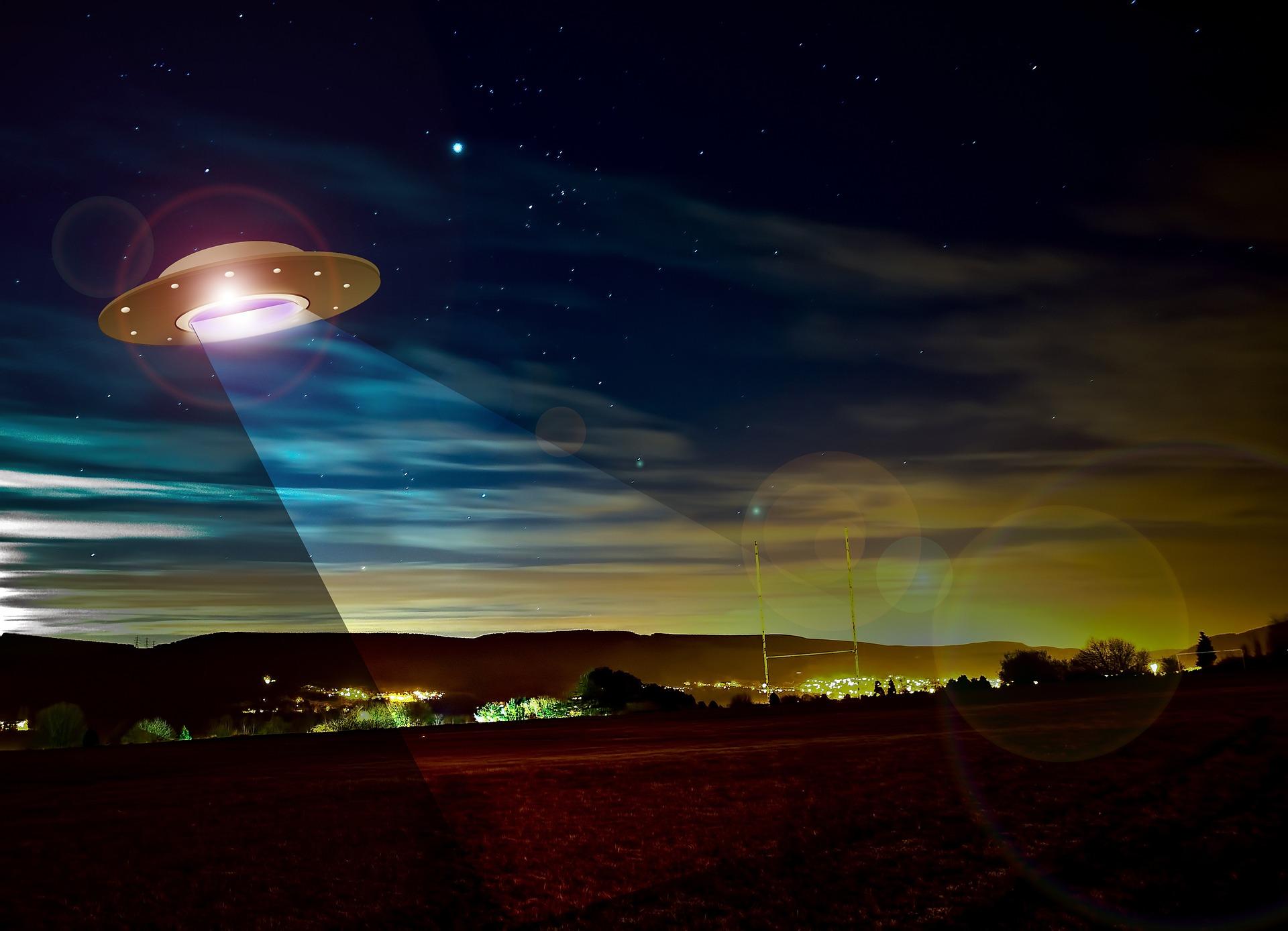 ufo-782655_1920