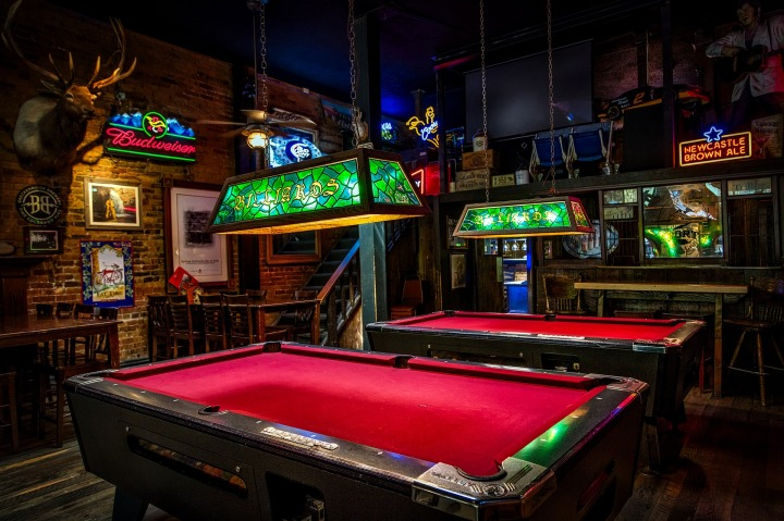 billiards-1677103_1920