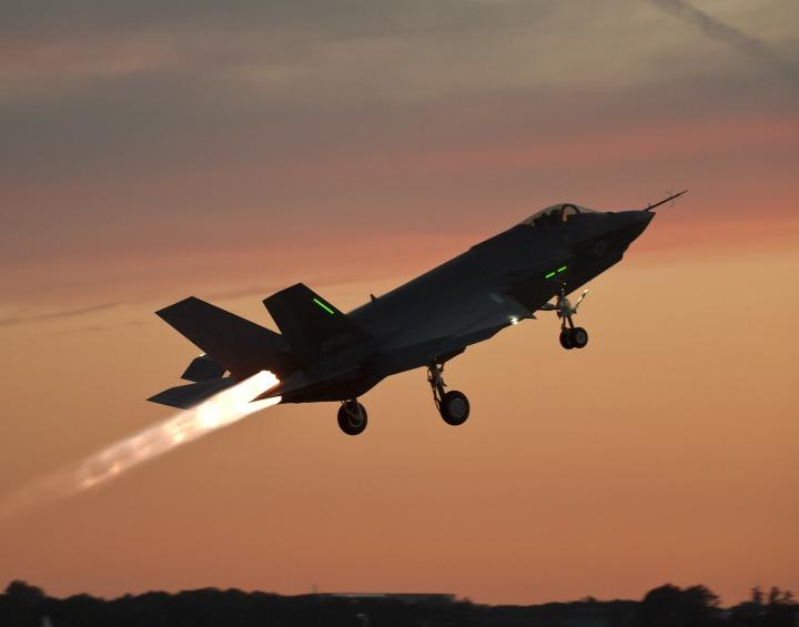 aircraft, F-35, lift off
