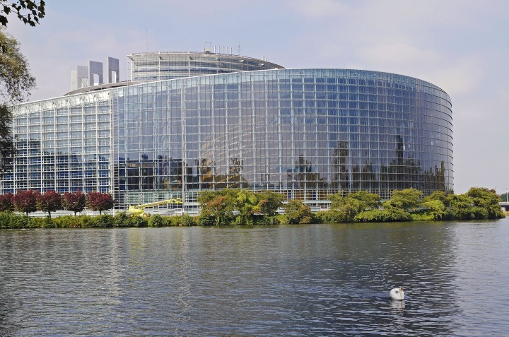 building, EU-parliament